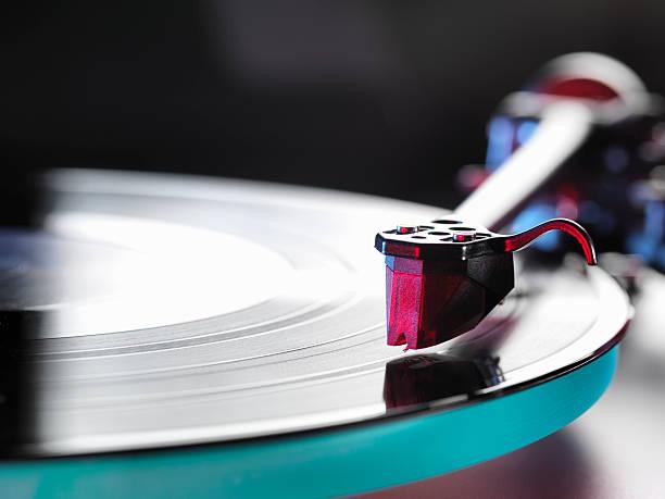 tocadiscos con cd aguja vinilo
