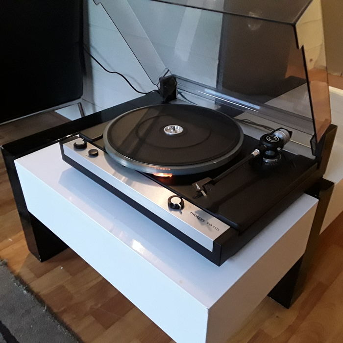 tocadiscos thorens modelo td 110
